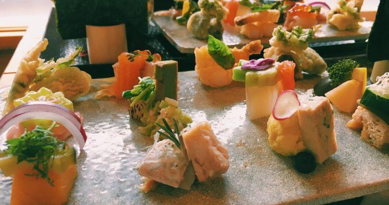 【京都】かわいいお寿司対決!AWOMB (アウーム)と祇をん豆寅を比べてみた!値段は?雰囲気は?